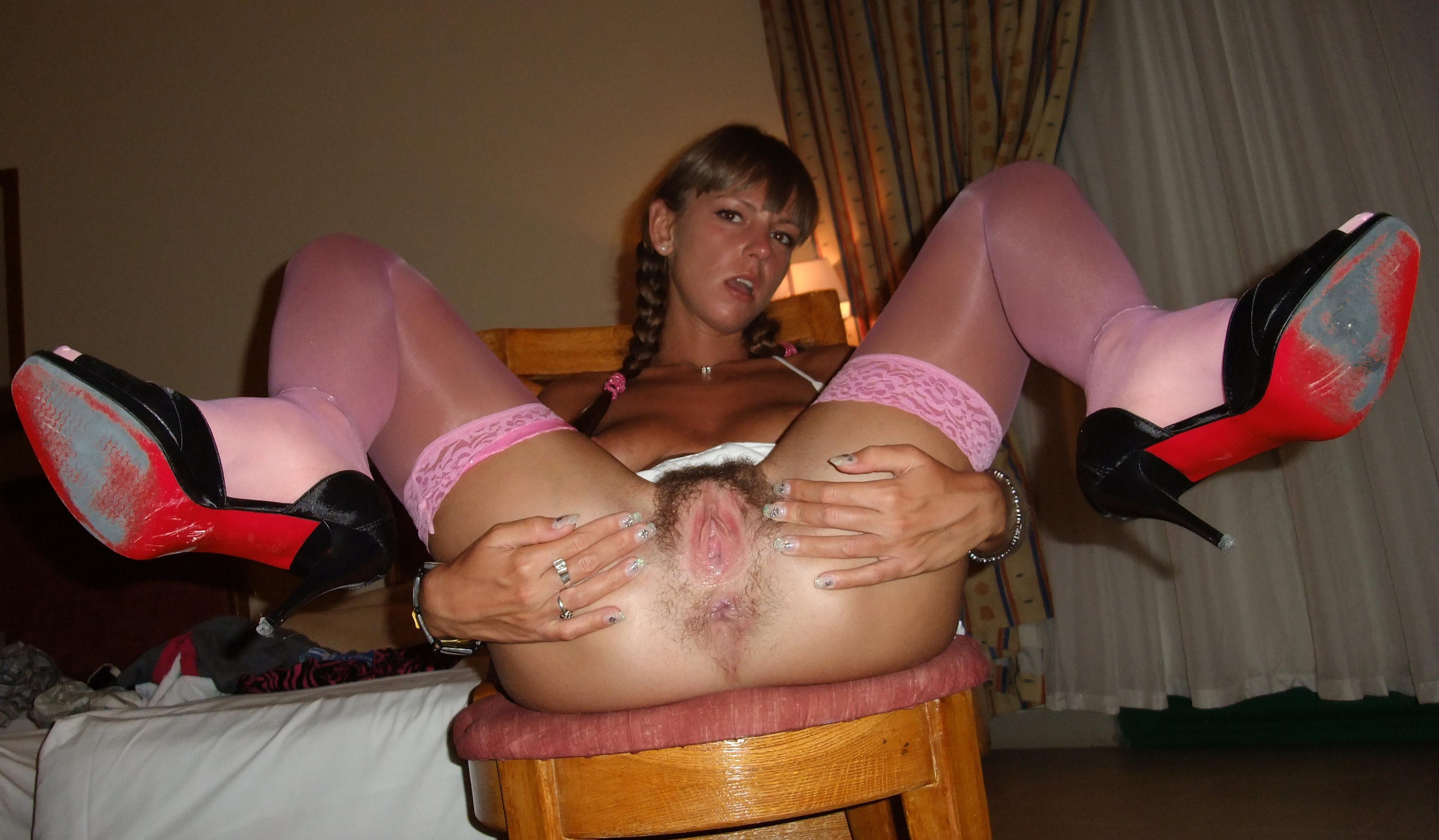 Men sucking passionately pussy