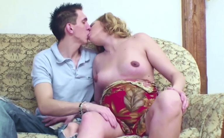 porno fotos van moeder en zoon