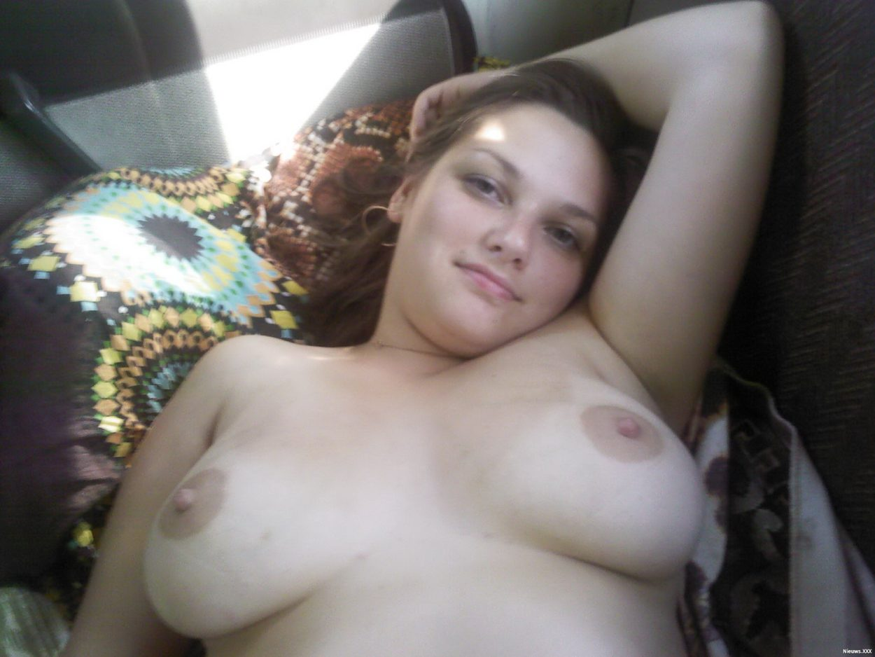 tiener pijpen seksfoto