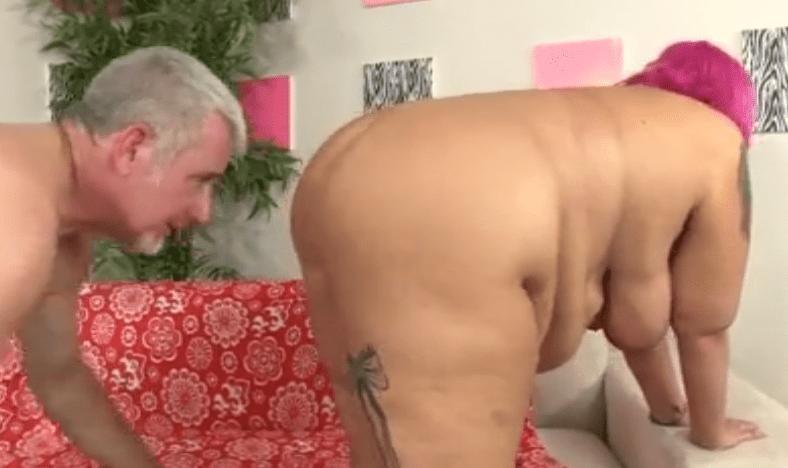 feest massage kleine tieten in wessem