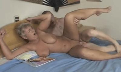 zoon sex met mam te grote Porn Tube